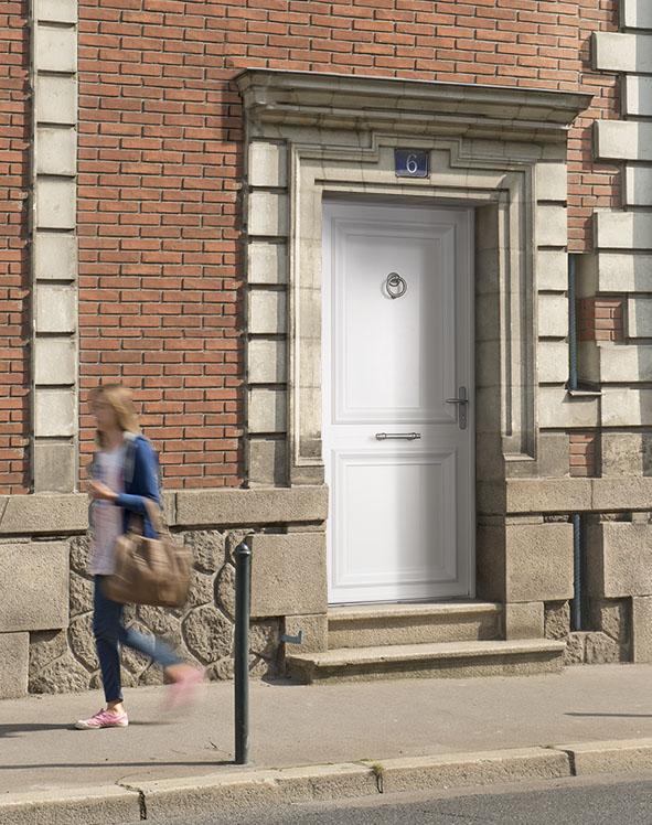 quelle porte d entree choisir changer une portes d 39. Black Bedroom Furniture Sets. Home Design Ideas