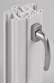 swao-accessoires-pvc-primo-mouluree-poignee-inox-coupe-300.jpg
